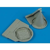 Su 22M-4 - Exhaust & air intake covers [Eduard] von Quickboost